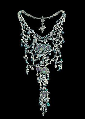瑞士著名珠宝品牌萧邦(chopard)为庆祝其150岁生日,特推出150件以动物