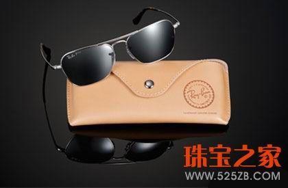 设计 雷朋/继雷朋Ultra系列取得巨大成功后,这家世界领先的眼镜公司将推出...