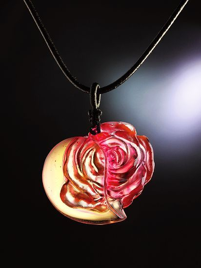 """玫瑰女人心""""及""""心里的种子等春天""""系列作品,您"""