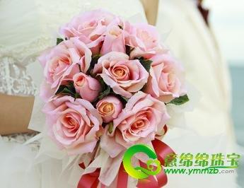 4个步骤完成新娘手捧花 添加婚礼色彩