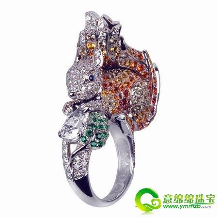 十分吸睛经典动物主题 打造一个个抢眼彩宝戒指