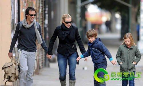凯特·温斯莱特与男友已在上个月初秘密结婚_