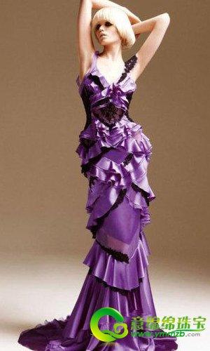 充满浪漫感的紫色婚纱 尽显新娘的神秘与高雅
