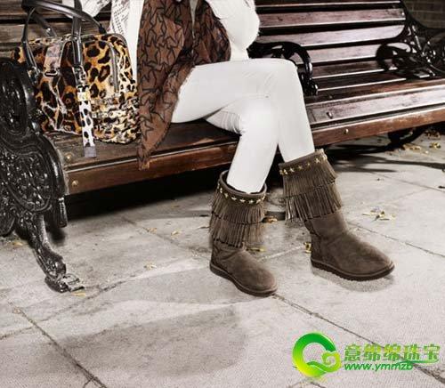 黑色动物纹雪地靴图片