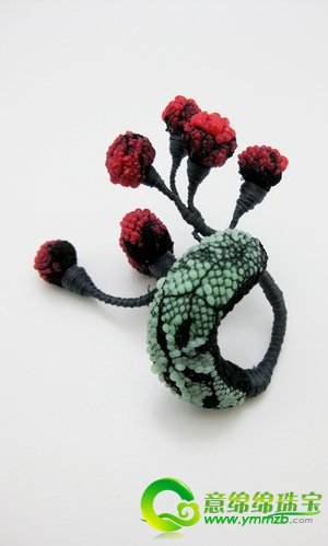 """中国珠宝设计师黎昭和她创造的""""昆虫世界"""""""