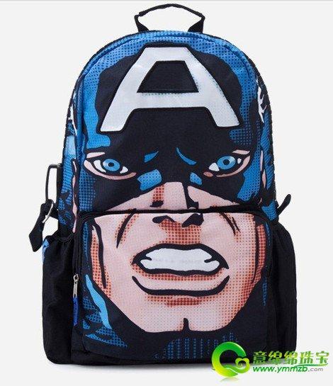 后背超人图案头像小孩