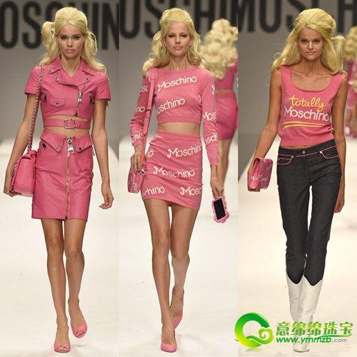 一群美丽可爱,现代范儿十足的芭比娃娃出现在了moschinot台上,轻松