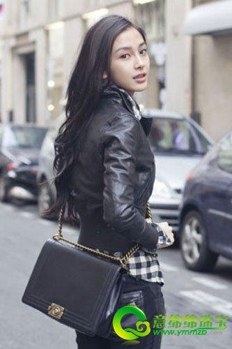 杨颖日常休闲穿衣打扮